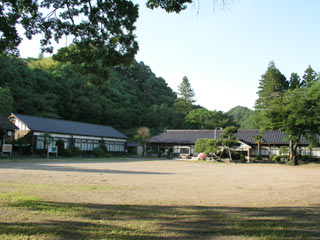 旧・矢田小学校/写真提供元:全国ロケ地ガイド